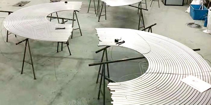 固然美弧形铝合金地垫制作分享